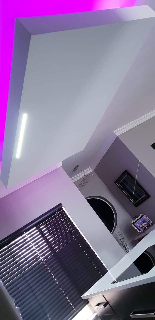 Bulkhead ceilings